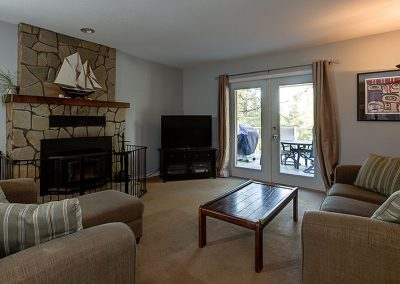 Family Room before | Align West Homes | Kelowna, British Columbia